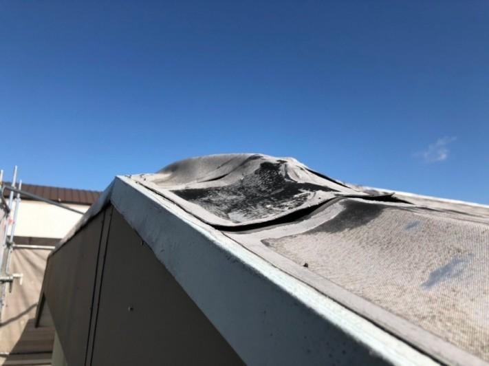 米原市のアパート屋根防水現場調査①