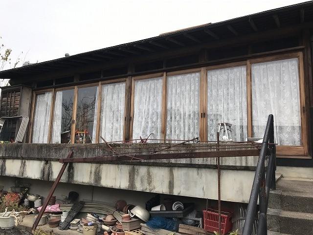 彦根市で、古い木の雨戸からアルミ雨戸にカバー工法で交換しました