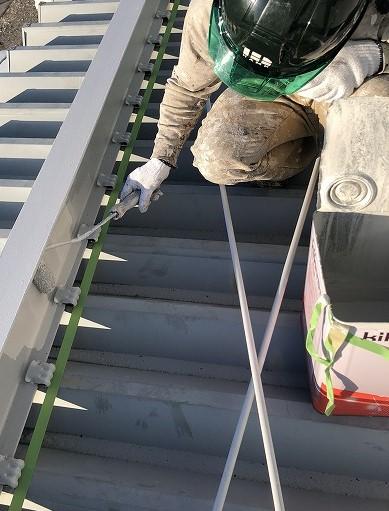彦根市折板屋根上塗り③