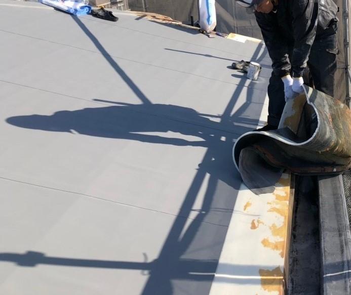 米原市のアパートの屋根防水工事写真④