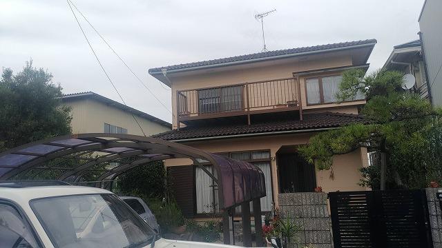 長浜市にて雨漏れがあるとのことで現地調査にお伺いしました。