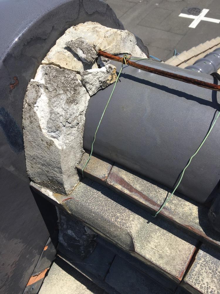 米原市にて、棟屋根の漆喰の現場調査のご依頼を頂きました。