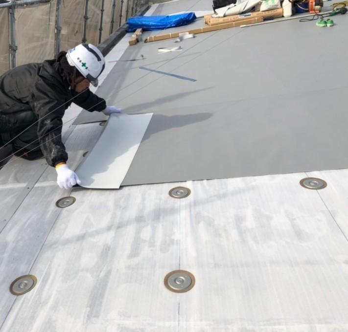 米原市のアパートの屋根防水塩ビシート写真④