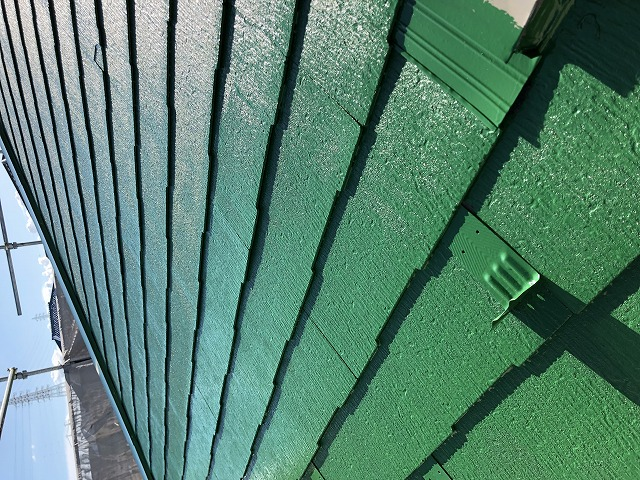 屋根中塗り (2)